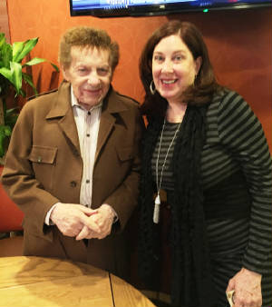 With Jackie Mason at the Westway Diner.JPG