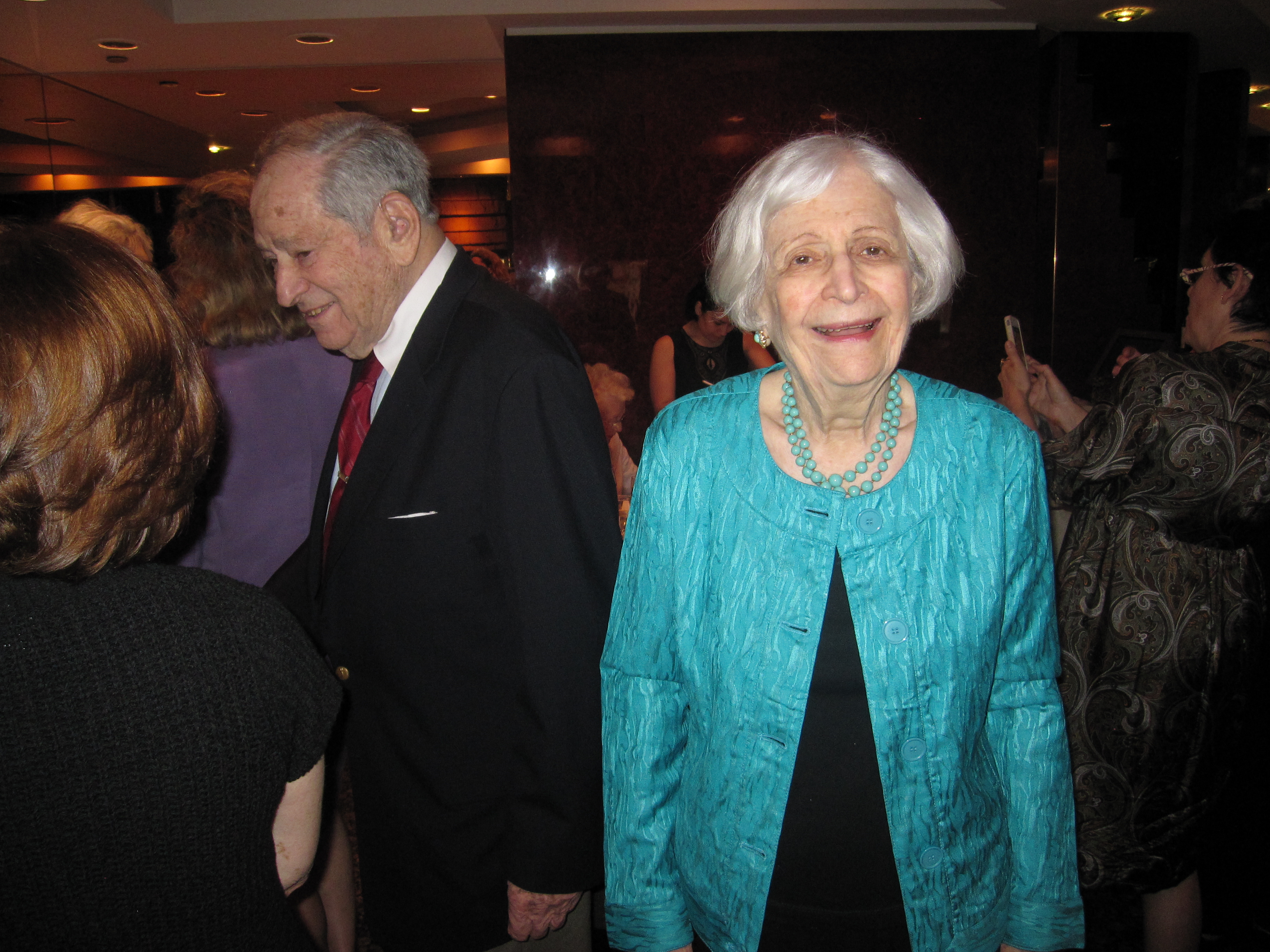 Ilene at her 85th birthday with Ted.JPG
