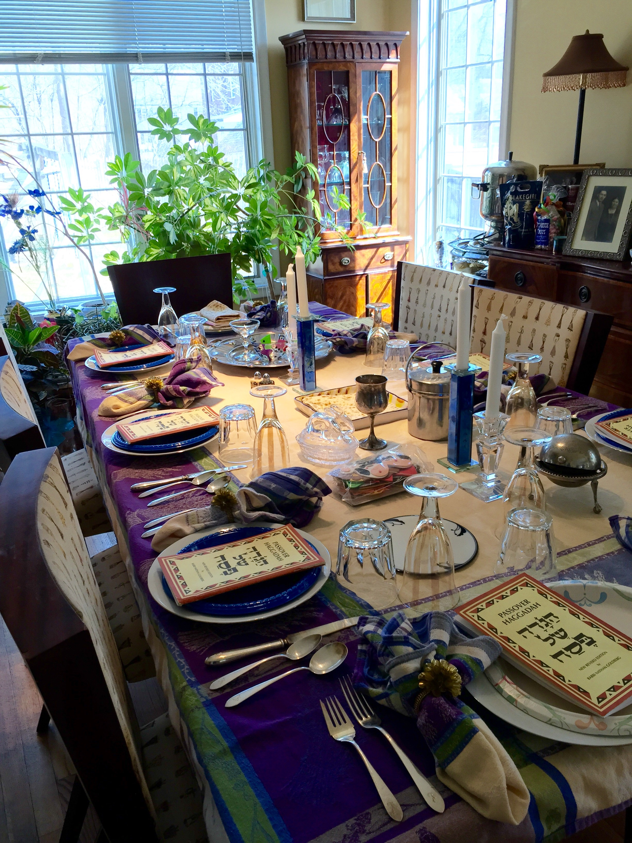 Passover table set.jpg