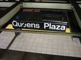 Queens Plaza subway station.jpg